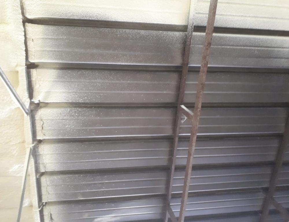 Isolamento termico tetto in lamiera
